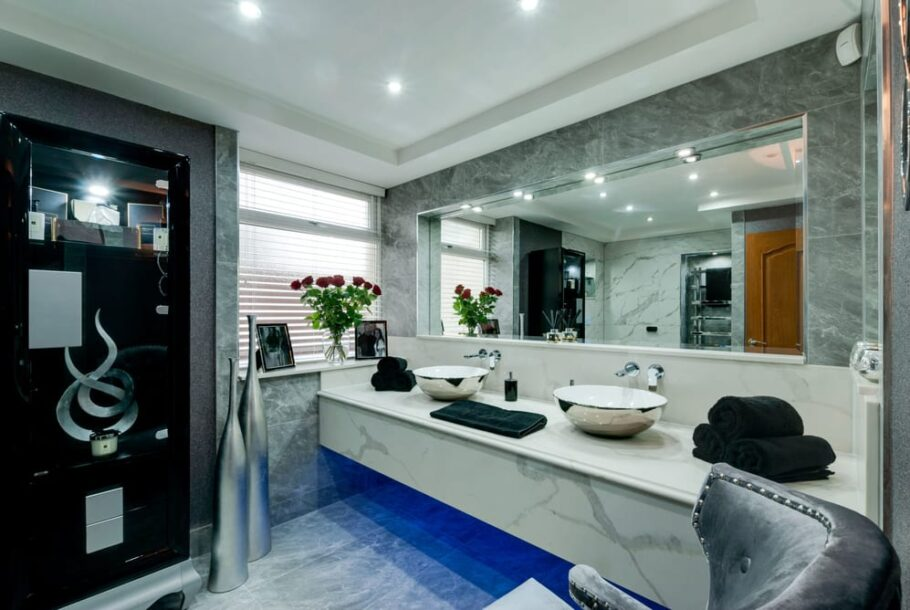 Luxury Bathroom Vanity Unit