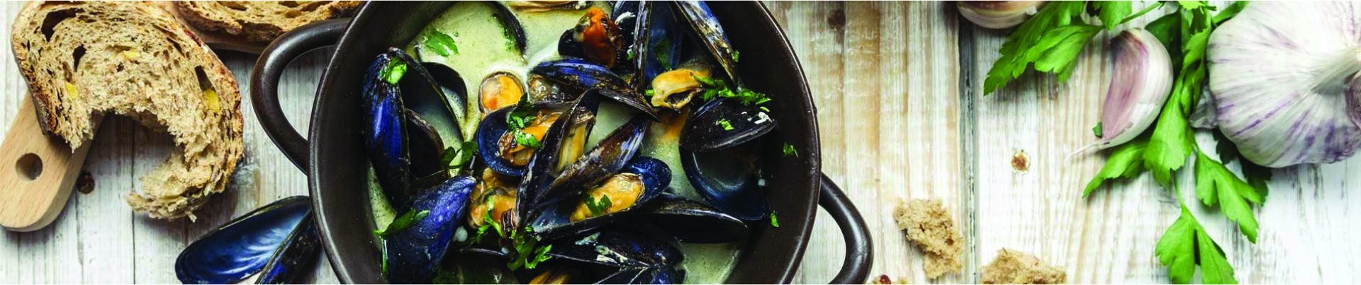 Bowl of Mussels Header
